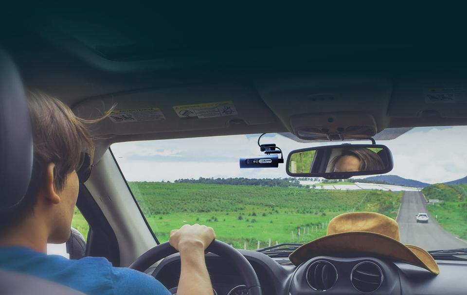Видеорегистратор 70Mai Smart Dash Cam распознование голоса за рулем